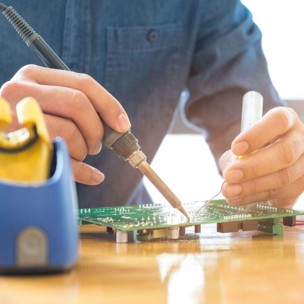 Técnico Superior en Mantenimiento Electrónico