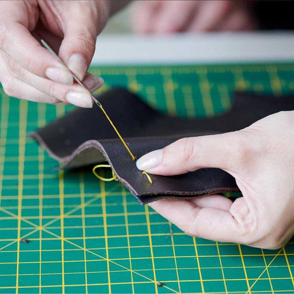 Título Profesional Básico en Arreglo y Reparación de Artículos Textiles y de Piel